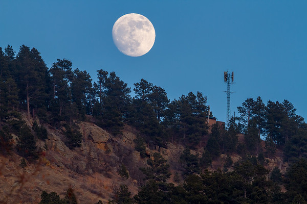 Moonrise over Spearfish