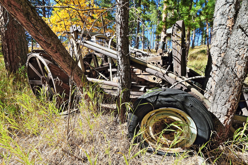 Old tractor along the Homestake Trail between Deadwood and Lead