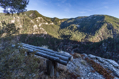 Bench along the rim of Spearfish Canyon overlooking Rimrock Lodge