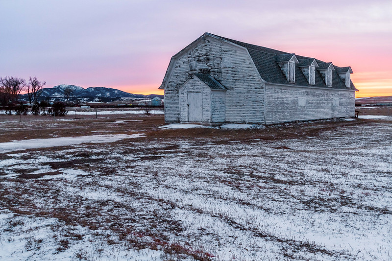 Sunset along Old Belle Road near Spearfish