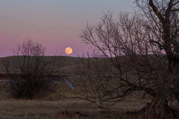 Moonrise near Spearfish