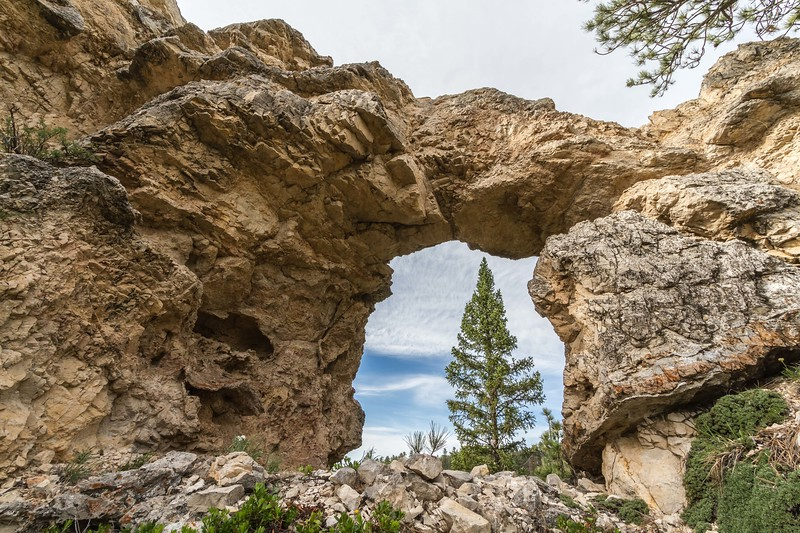 Teapot Arch in Spearfish Canyon