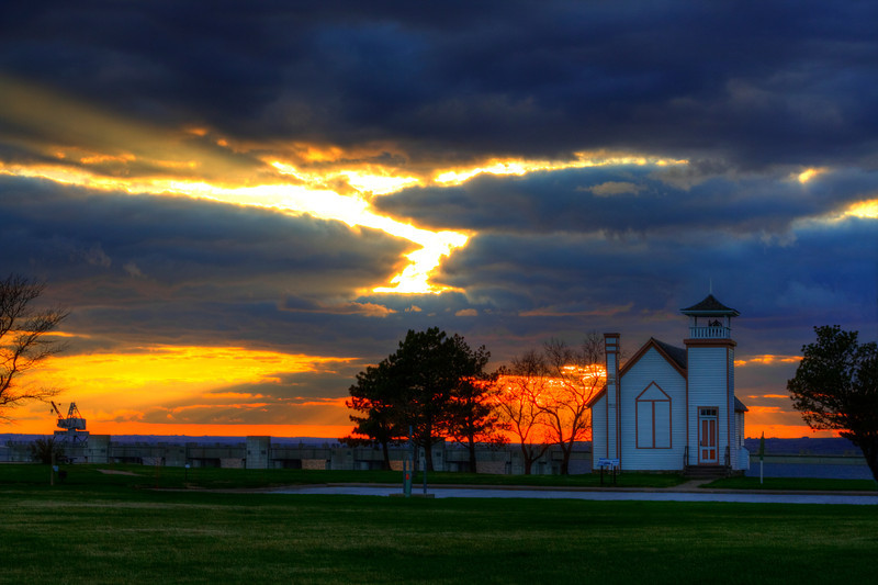 Sunset over Oahe Chapel