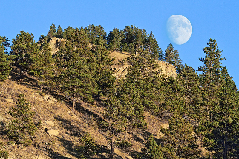 Moon rising over Lookout Mountain in Spearfish