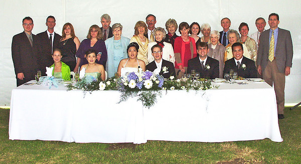 2002 : The extended Main, Lawrence and Kelley families with the wedding party.