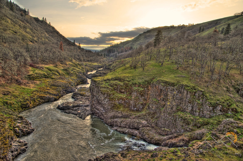 The beautiful Klickitat River a few miles upstream of where it joins the Columbia at Lyle, WA. Please Follow Me! https://tlt-photography.smugmug.com/