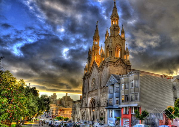 St. Peter and Paul Church next to Washington Park in San Francisco. Please Follow Me! https://tlt-photography.smugmug.com/