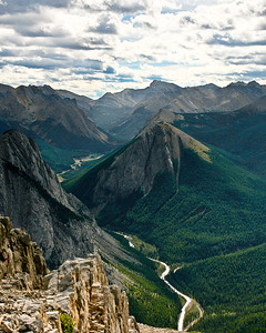 Fiddle River Valley from Sulpher Skyline Trail, Jasper National Park