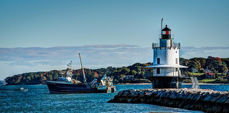 •Spring Point Ledge Light, South Portland, Maine