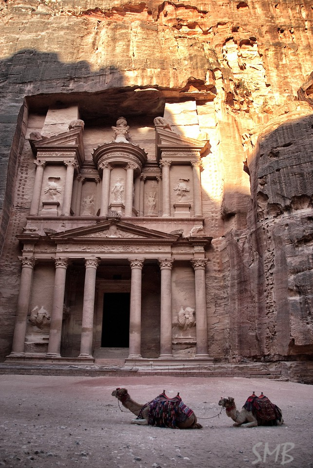 First full view of the Treasury after exiting the Siq<br /> Petra, Jordan