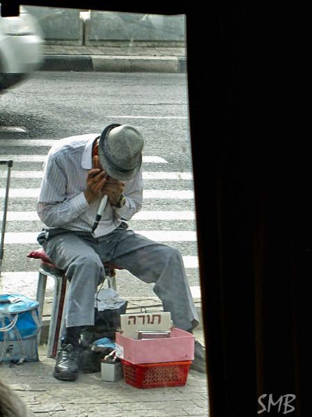 street corner musician<br /> <br /> Tel Aviv, Israel