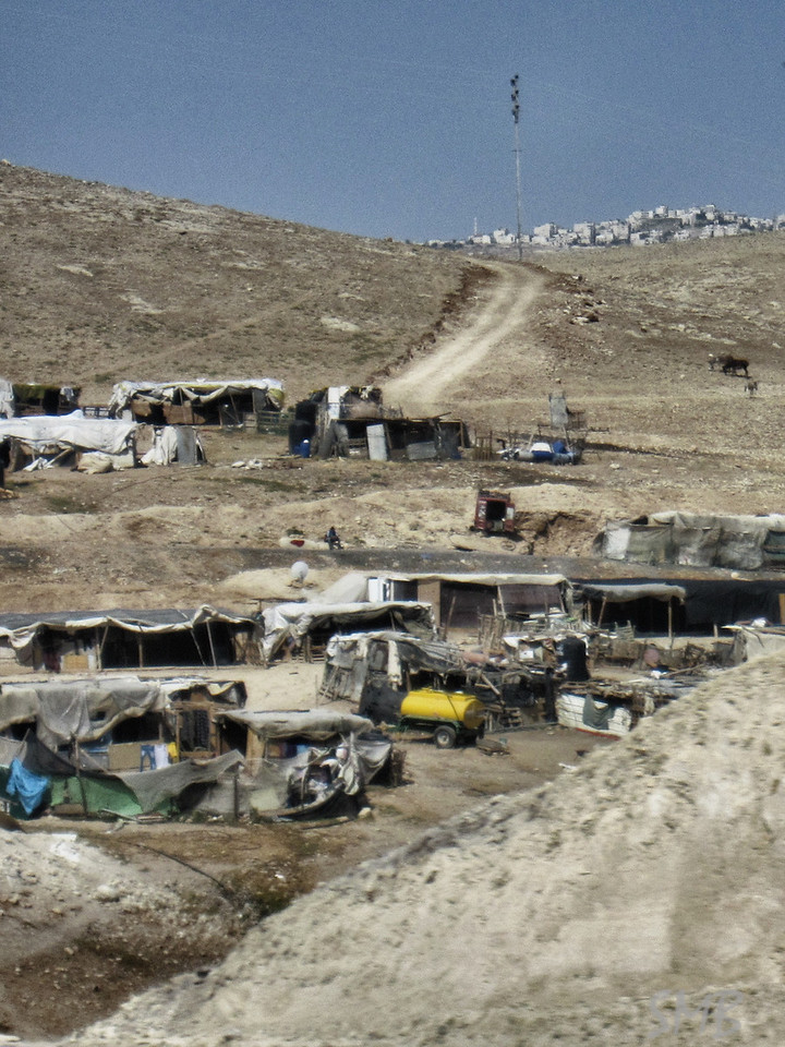 Bedouin camp along the drive to the Dead Sea. <br /> <br /> Israel