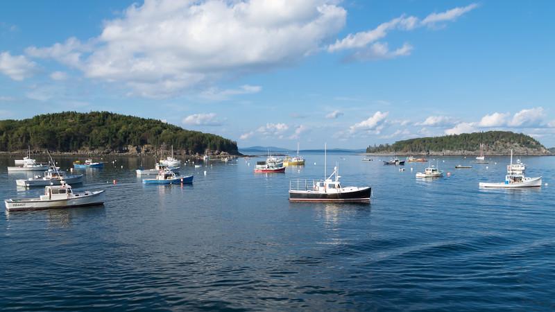 Bar Harbor, Maine: Lobster boats ready to go.