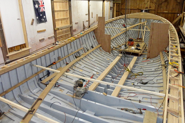 OUTER FALL: Building a Wooden Lobster Boat--Part 5: Topsides - wlb3