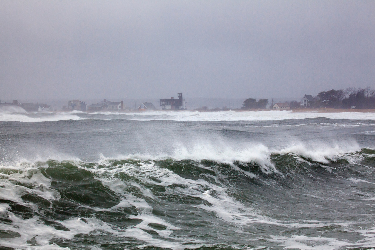 storm waves 9038