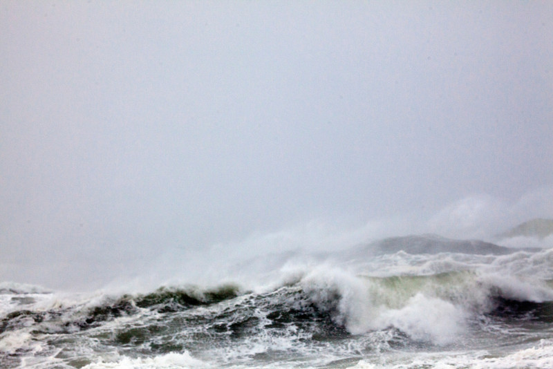 storm waves 9094