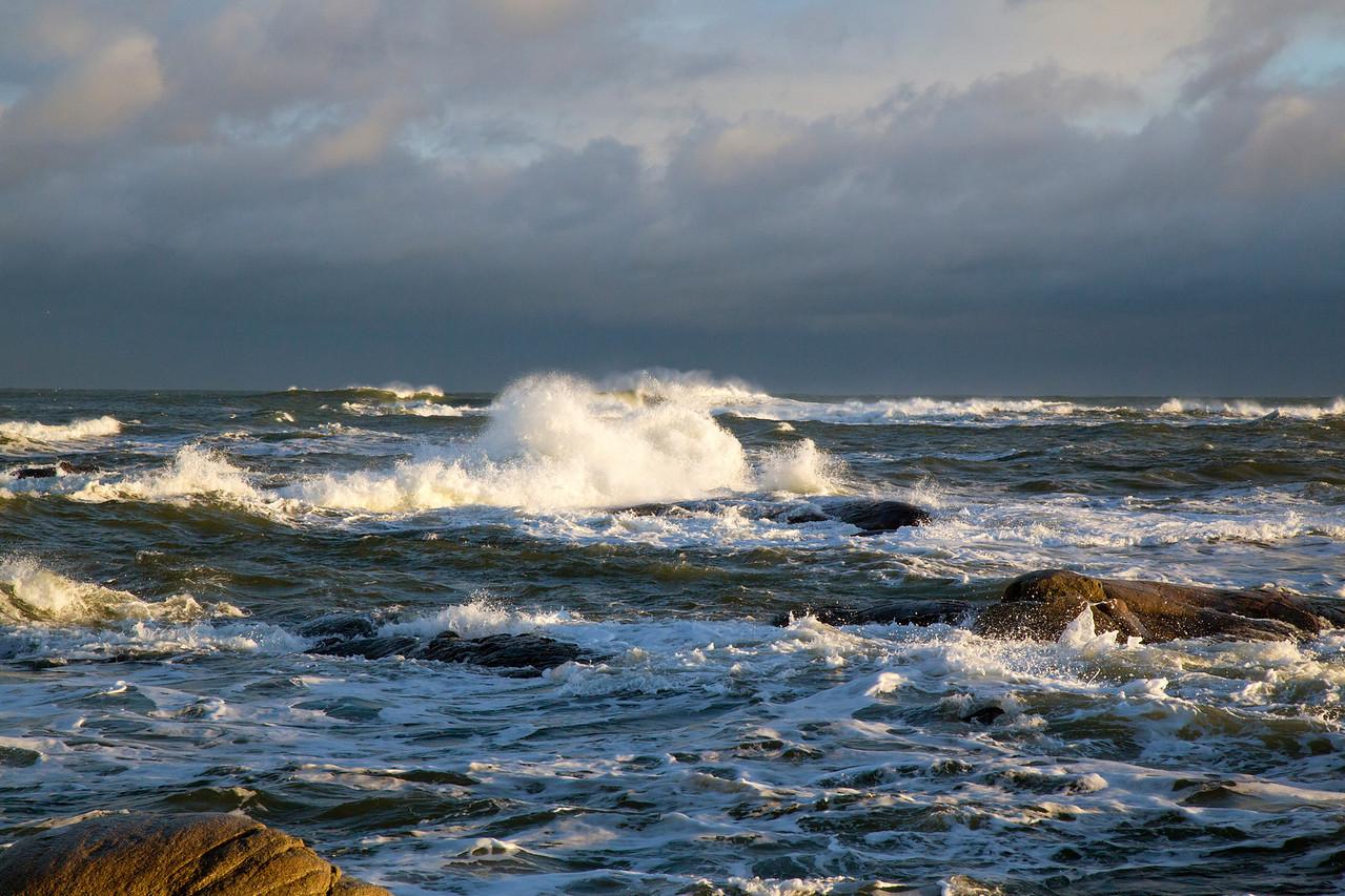waves light C4465