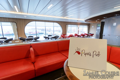 Piper's Pub, a lounge on the Nova Star