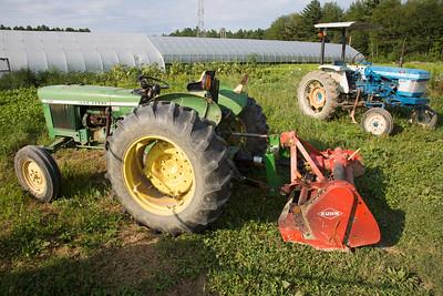 tractors farm C7143