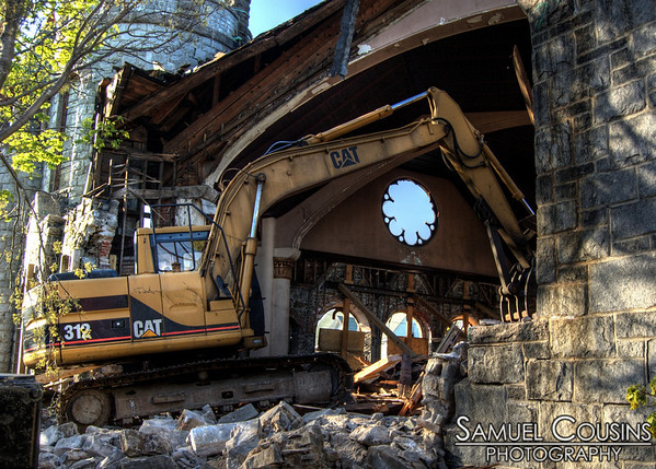 Demolition of the sanctuary of the St Lawrence Church