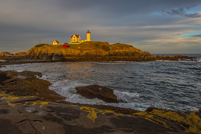 Nubble Light