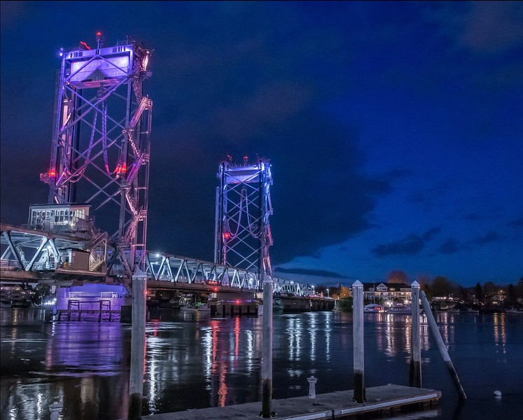 Memorial Bridge Lights - Portsmouth to Kittery