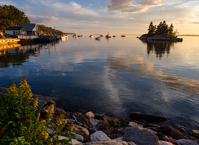 Lookout Point, Harpswell, Maine  (99044-99047)