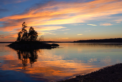 Lonely Island, Harpswell, Maine  (99113-99115-pano)