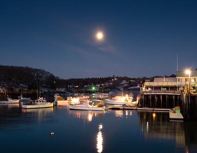 Full Moon Before Dawn, New Harbor, Maine (81337)