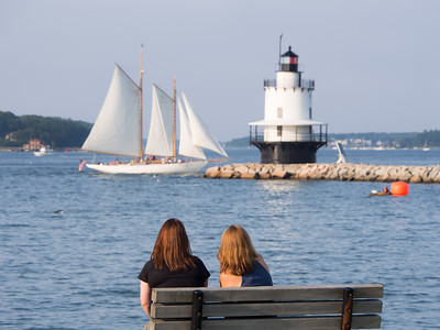 Friends, Spring Point, South Portland, Maine  (86669)