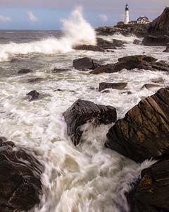 Wild Wave Shoreline, Ft. Williams Park, Cape Elizabeth, Maine  (79005)