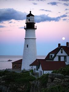 Goodnight Moon, Goodnight Lighthouse (98588)