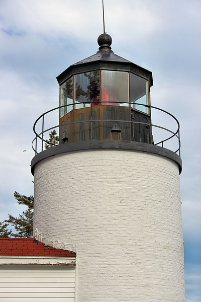 The light was originally provided by a 5th order Fresnel lens. The light was first exhibited on September 1, 1858.