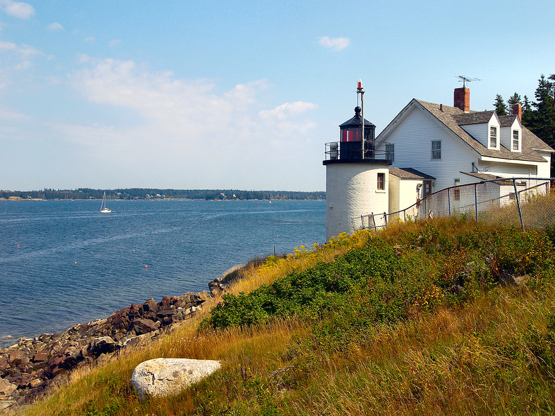 Granite quarried on Vinalhaven was used in the construction of public buildings throughout the United States.  In response to the increased shipping it was decided to build a lighthouse to mark the entrance to the Fox Islands Thorofare between Vinalhaven and North Haven islands.