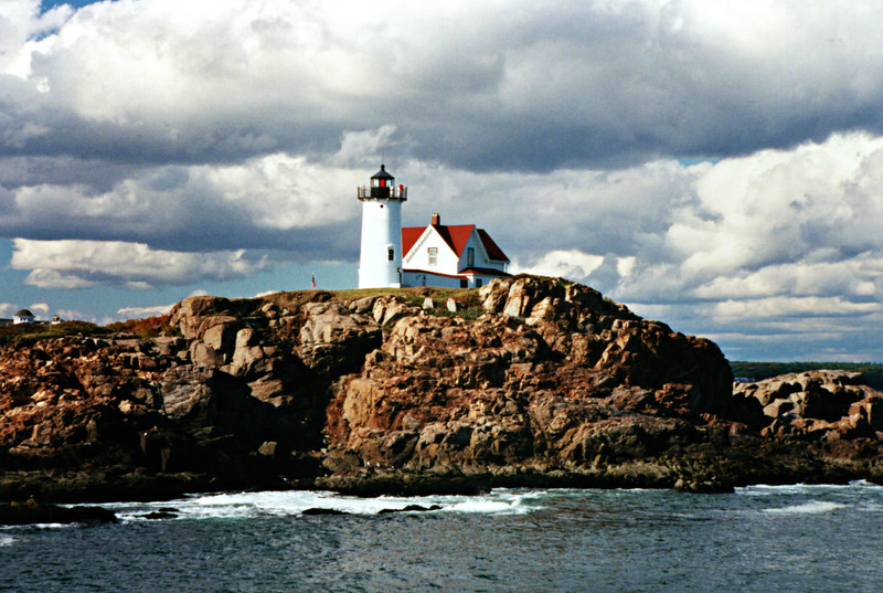 In 1987 the light was automated and Coast Guard personnel were removed.  In 1989 the Town of York secured a lease agreement with the Coast Guard to care for the station.  The town received over 300 applications from people who offered to live at the light as caretakers.