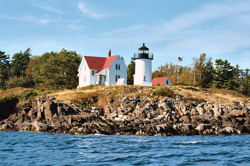 In 1944 electricity finally reached Curtis Island and the light and fog signal were electrified. In 1951 indoor plumbing was installed in the Keepers house. In 1972 the Coast Guard decided to automate the light and removed personnel from the station.