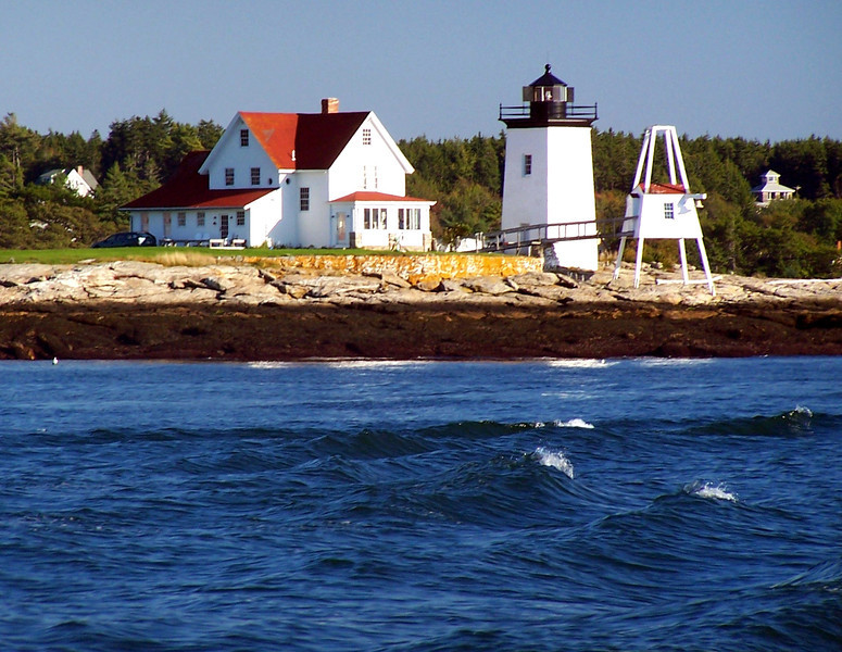 A construction contract was awarded to Joseph Berry of Thomaston, Maine.  The contract provided for a granite one story keepers dwelling with an 8 foot wooden octagonal tower situated on one end of the roof.  Berry used the same design when he built the Mount Desert Rock Lighthouse a year later.
