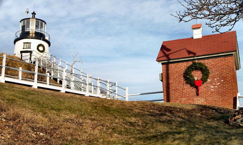In 2012 the ALF leased the Keepers dwelling to serve as the organizations headquaters.  For more information about the Owls Head Lighthouse visit www.rocklandharborlights.org
