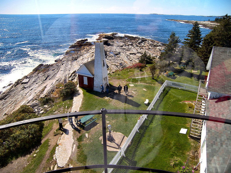 In 1842 lighthouse inspector I.W.P. Lewis visited Pemaquid Point during his survey of American lighthouses.  He found the Pemaquid tower and keepers house to be in good condition even though many of the lanterns panes were broken.