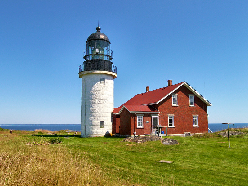 The lighthouse serves as both a seacoast light and and entrance marker for the Kennebec River.