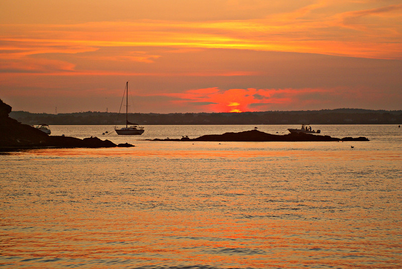 ** A Casco Bay sunset ** In the 1960's the light was automated.  The Fifth Order Fresnel lens was removed in the 1980's and replaced with a 300mm Lexan lens.  The Fresnel lens went missing until it was located in 2009 as part of a private museum in Michigan.