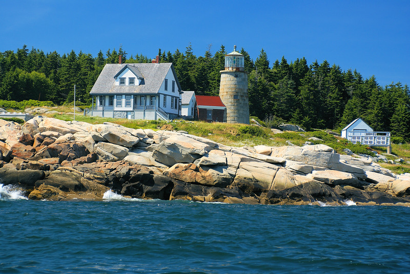 In 1803 Thomas Jefferson commissioned the building of the lighthouse and in 1804 Congress appropriated $7,000 for this purpose.