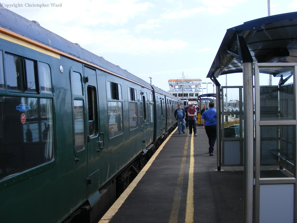 Class 421 at Lymington Pier