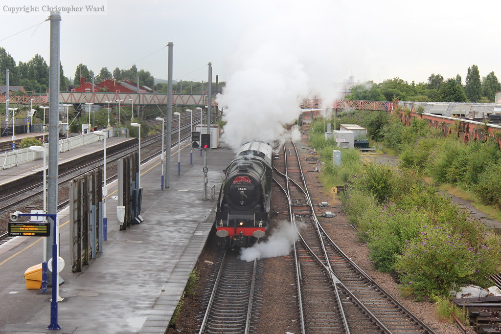 The Duchess runs into the loop ready to be dragged back into the Southall steam depot for servicing