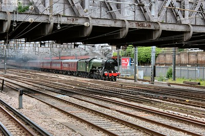 60103 prepares to pass Royal Oak tube station