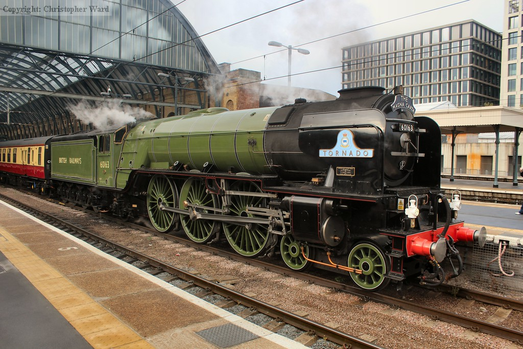 With the HST departed, Tornado sits briefly alone in the terminus