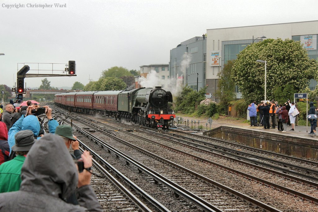 60103 pulls into the loop prior to taking the Romsey line back to Salisbury