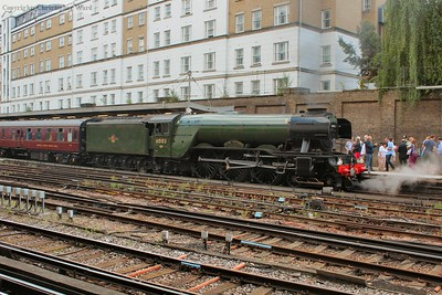 60103 sits at Victoria for her lunchtime run through Surrey