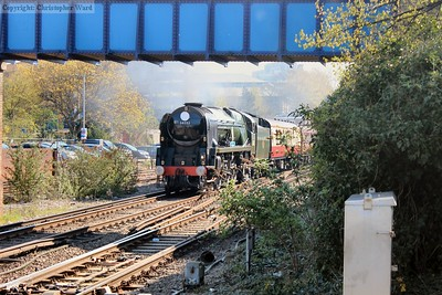 34046 Braunton (still running as 34052 Lord Dowding) arrives into Southampton