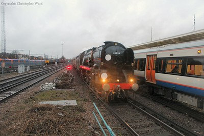 35028 coasts into the station passing a class 378 and two 47s used for stock movements for the new class 707s
